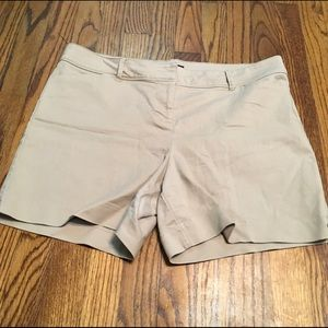 The limited shorts summer size 14